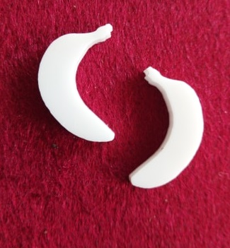 Banana Brooch or earring size acrylics  for ord